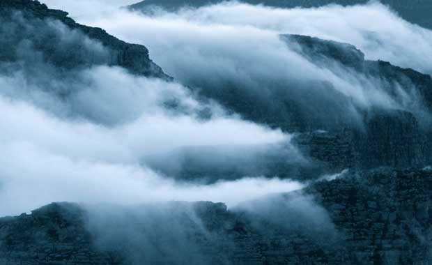 Table-Mountain-Clouds