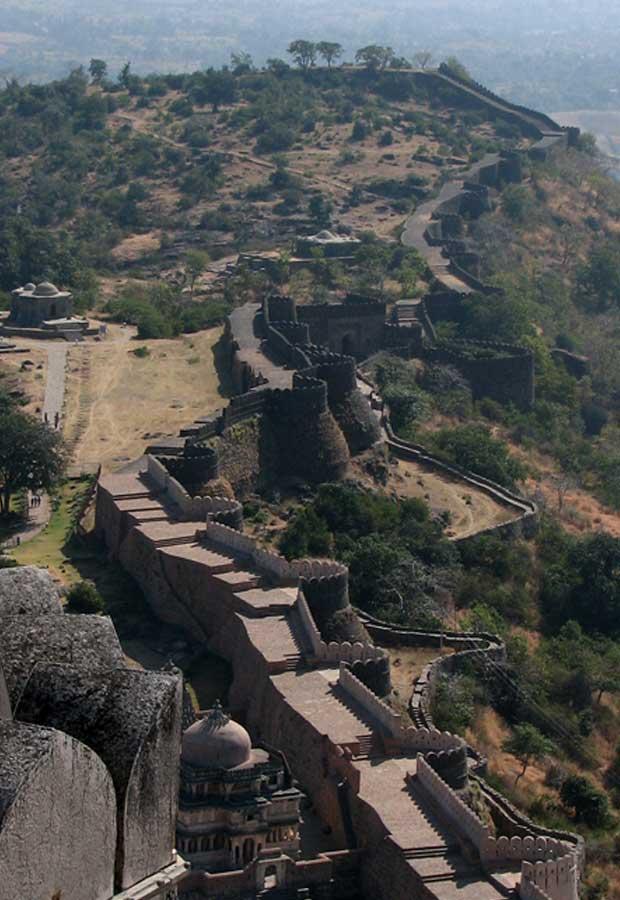 Kumbalgarh-Fort-wall