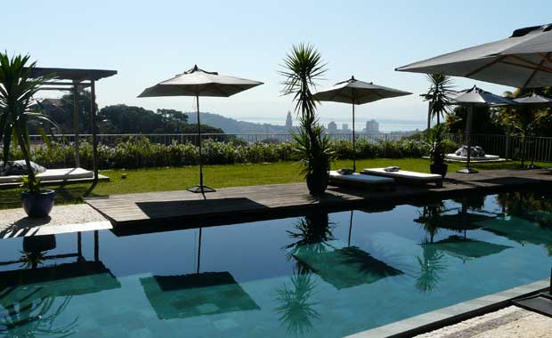 Hotel-Santa-Teresa-Pool